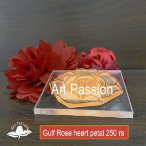 Tools – Gulf Rose with heart shaped petals